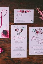 Φλοραλ προσκλητήρια γάμου