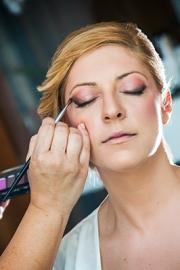 Νυφικό μακιγιάζ με ένταση στα μάτια