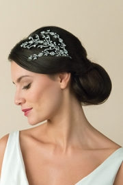 Αξεσουάρ για τα μαλλιά νύφης