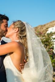 Πέπλο για γάμο σε νησί
