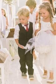 Ιδεες για φορέματα για τα παρανυφάκια στο γάμο σας