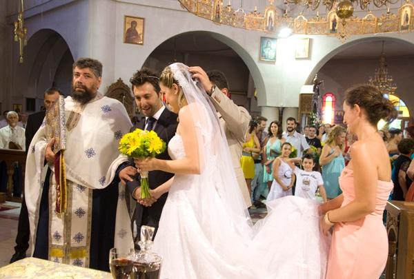 κιτρινο χρωμα ρομαντικος γαμος ζερμπερες λουλουδια