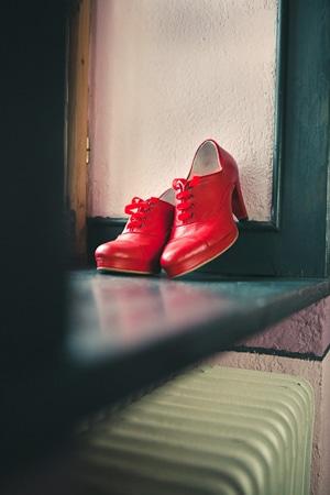 κοκκινα νυφικα παπουτσια ρετρο