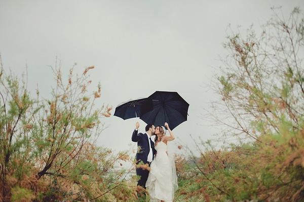 φωτογραφηση-γαμου-με-βροχη-θεσσαλονικη