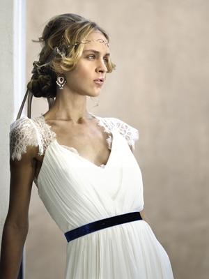 μοντερνα-νυφικα-αρχαιοελληνικα-σχεδιαστρια-μοδας-δελατολα