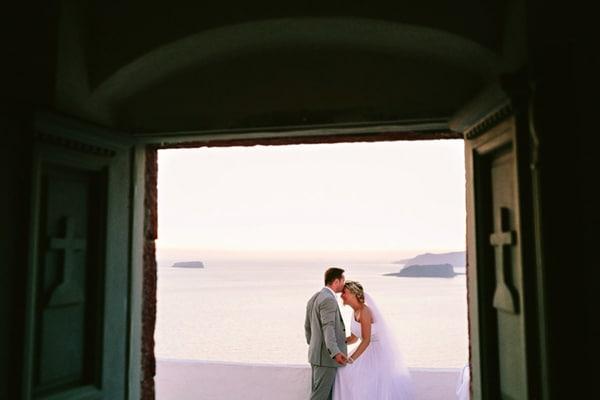 destination-wedding-santorini-greece