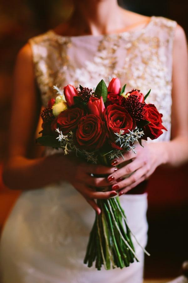 κοκκινα-λουλουδια-γαμο