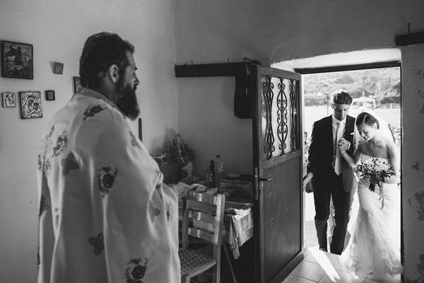 γραφικα-εκκλησακια-γαμο