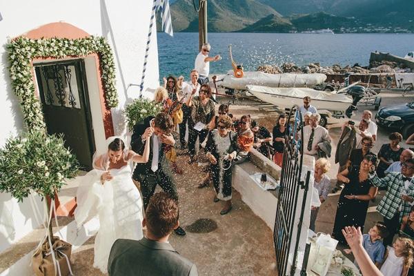 γραφικες-εκκλησιες-γαμο