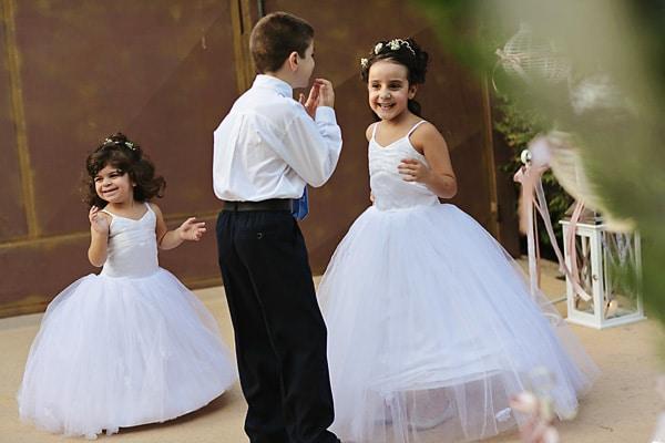 παρανυφακια-φορεματα-γαμο