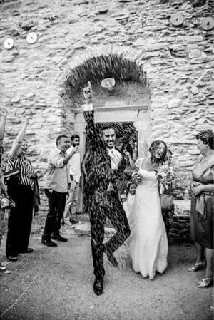 νυφικα-χολεβας-φωτογραφιες