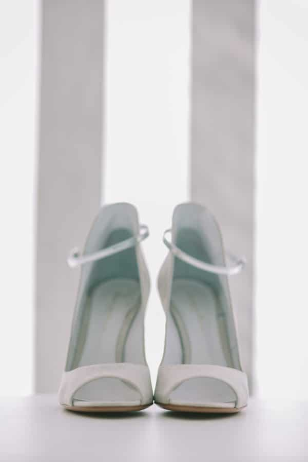 0770ee7e470 Υπέροχη συλλογή από νυφικά παπούτσια! | womanoclock.gr