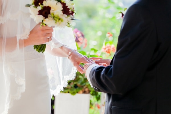 ανθοδεσμεσ-γαμων-εικονες-2