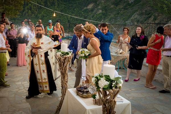 γαμος-σε-ξωκλησι-σκοπελο