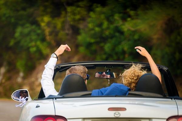 στολισμος-αυτοκινητου-για-γαμο