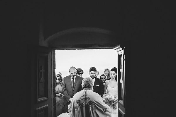εκκλησιες-στην-σαντορινη-γαμος
