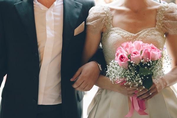 ρομαντικοι-γαμοι-φωτογραφιες