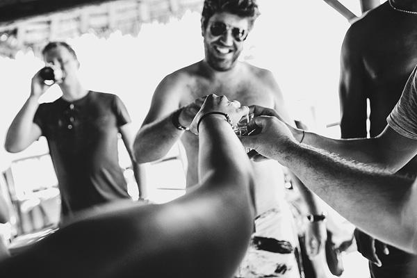 beach-party-destination-weddings