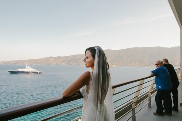 γαμος-σε-νησι-δασκαλιο-πορος