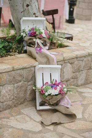 διακοσμηση-εκκλησιας-για-μποεμ-γαμο