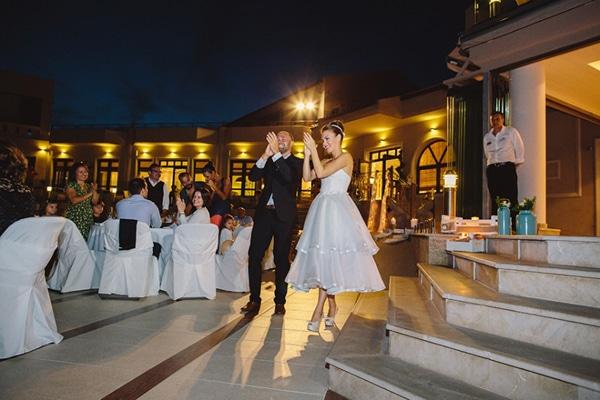 εισοδος-ζευγαριου-γαμος