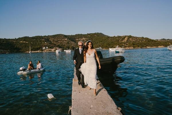 νυφικο-για-γαμο-σε-νησι-πορος