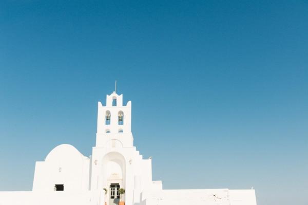 εκκλησία-της-Παναγίας-Χρυσοπηγής-στη-Σίφνο