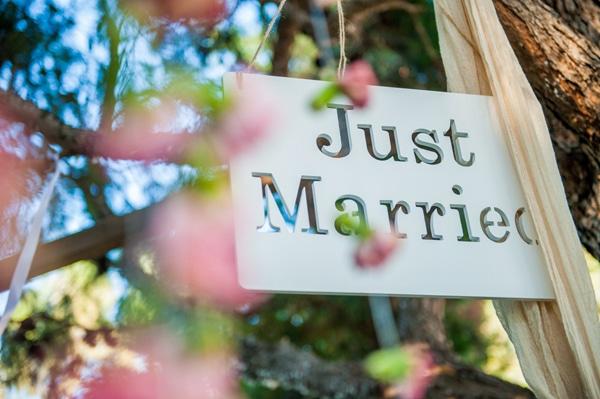 πινακιδα-γαμου-just-married
