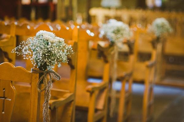 στολισμος-καρεκλων-εκκλησιας