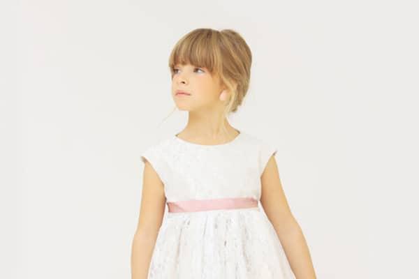 e147df1ff4e Μοντερνα φορεματα για παρανυφακια | Ekubo - Love4Weddings