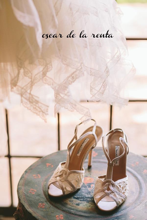 romantic-wedding-shoes-oscar-delarenta