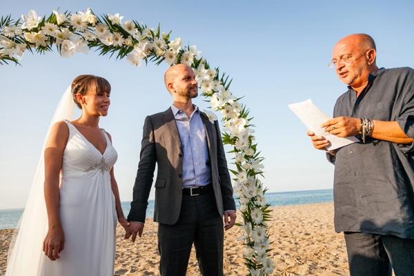 γαμος-στην-παραλια-1