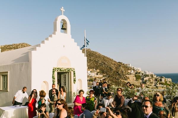 εκκλησια-στη-μυκονο-για-γαμο