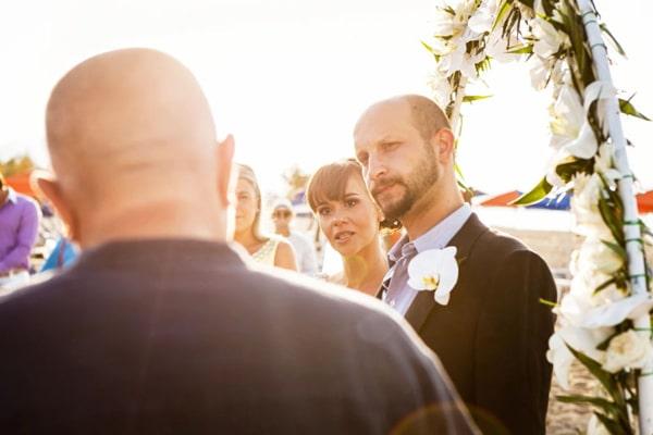 κοστουμι-για-γαμο-παραλια