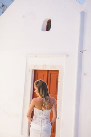 νυφικα-για-γαμο-σε-νησι