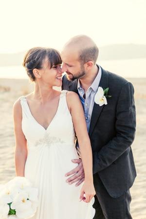 νυφικο-για-γαμο-σε-παραλια