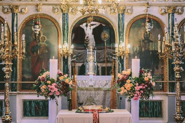 στολισμος-εκκλησιας-ροζ