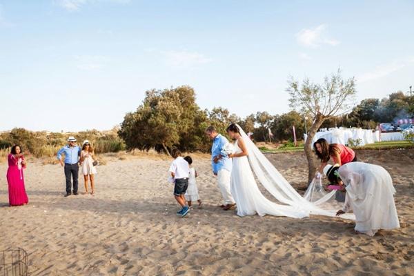 φορεμα-για-γαμο-σε-παραλια