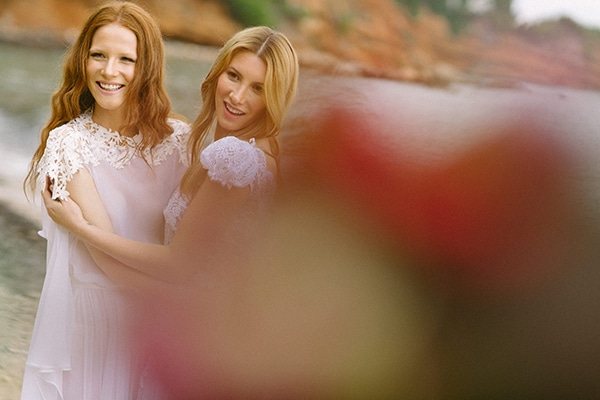 Dreamy-red-winter-bridal-shoot-beach-16