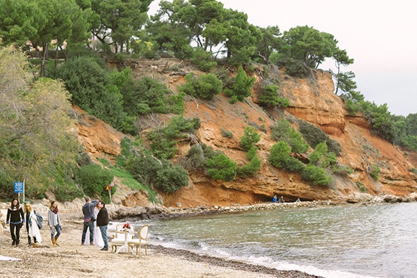 Dreamy-red-winter-bridal-shoot-beach-3