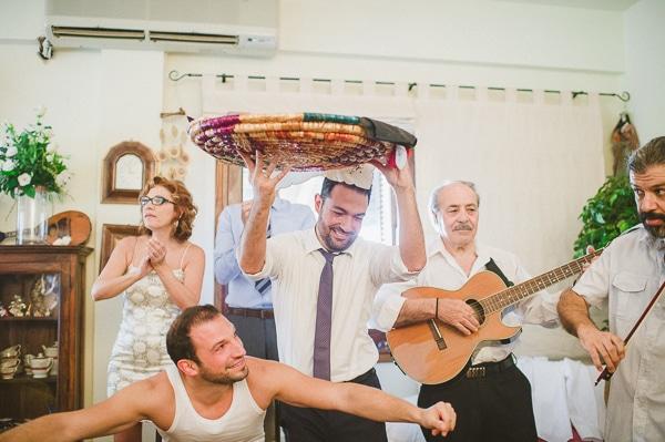 ετοιμασιες-γαμπρου-γαμος-στην-κυπρο