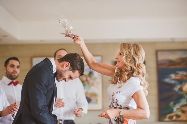 ετοιμασια-γαμπρου-εθιμα-γαμος-λευκωσια