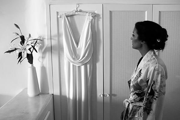 ετοιμασια-νυφης-νυφικο-φορεμα-dawn-fitzerald