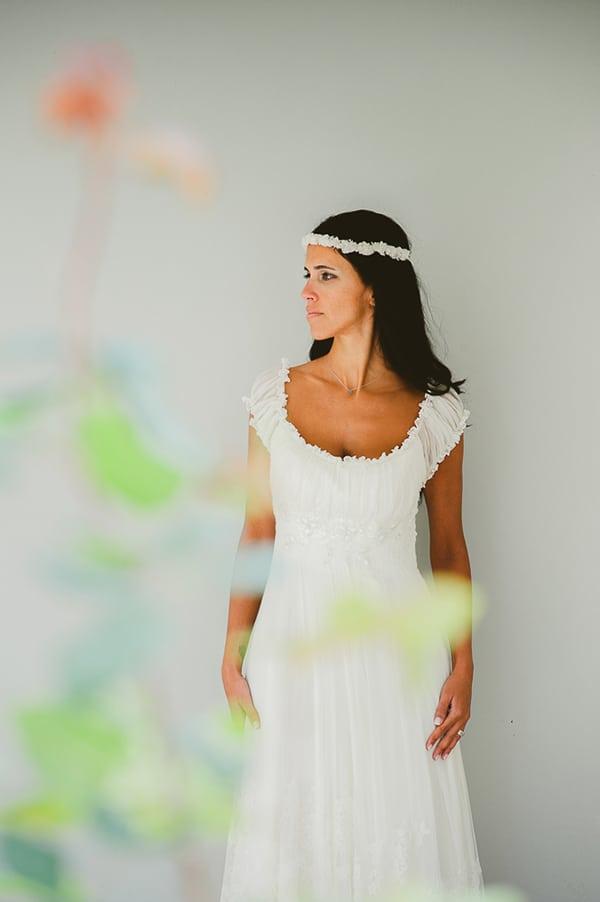 καλοκαιρινος-γαμος-παργα-νυφικο-anastasia-aravani