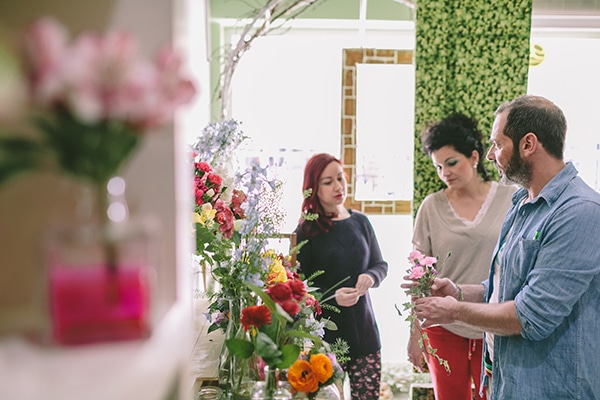 Επιλογη-λουλουδιων-για-γαμο