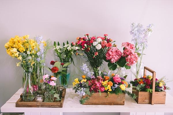 Λουλουδια-με-χρωμα-για-γαμο