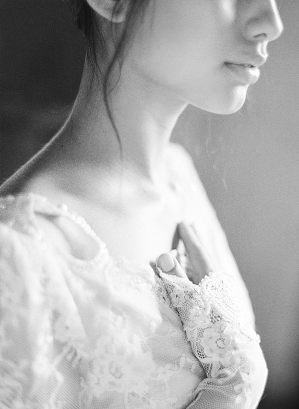 Inbal-Dror-wedding-dress-photo-shoot