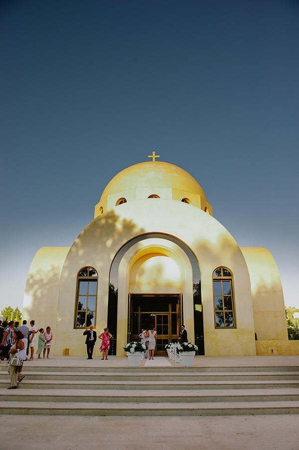 εκκλησια-αθηνα-παναγια-φανερωμενη-βουλιαγμενη
