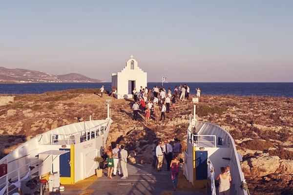 ελληνικος-destination-γαμος-σε-ferry-boat