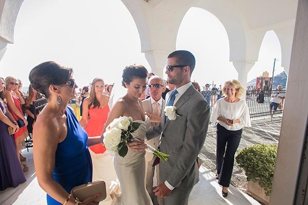 καλοκαιρινος-γαμος-στην-σαντορινη
